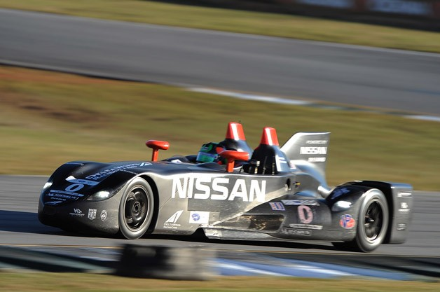 Nissan DeltaWing on track