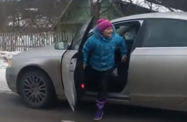 8-year-old Russian girl drives Audi - video screencap