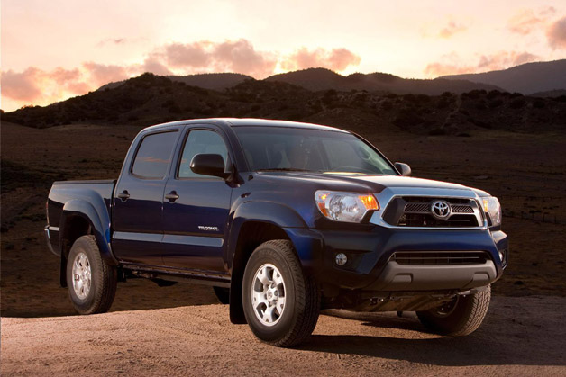 Who sole a many small/midsize pickups in 2012? <i>PickupTrucks.com</i> investigates that, too