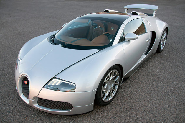 uk bugatti saleswoman sells nearly one veyron per month. Black Bedroom Furniture Sets. Home Design Ideas