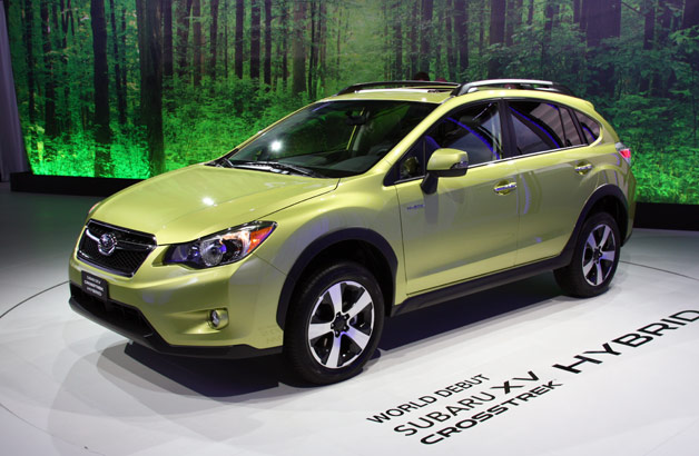 2014 Subaru XV Crosstrek Hybrid - front three-quarter view, live on