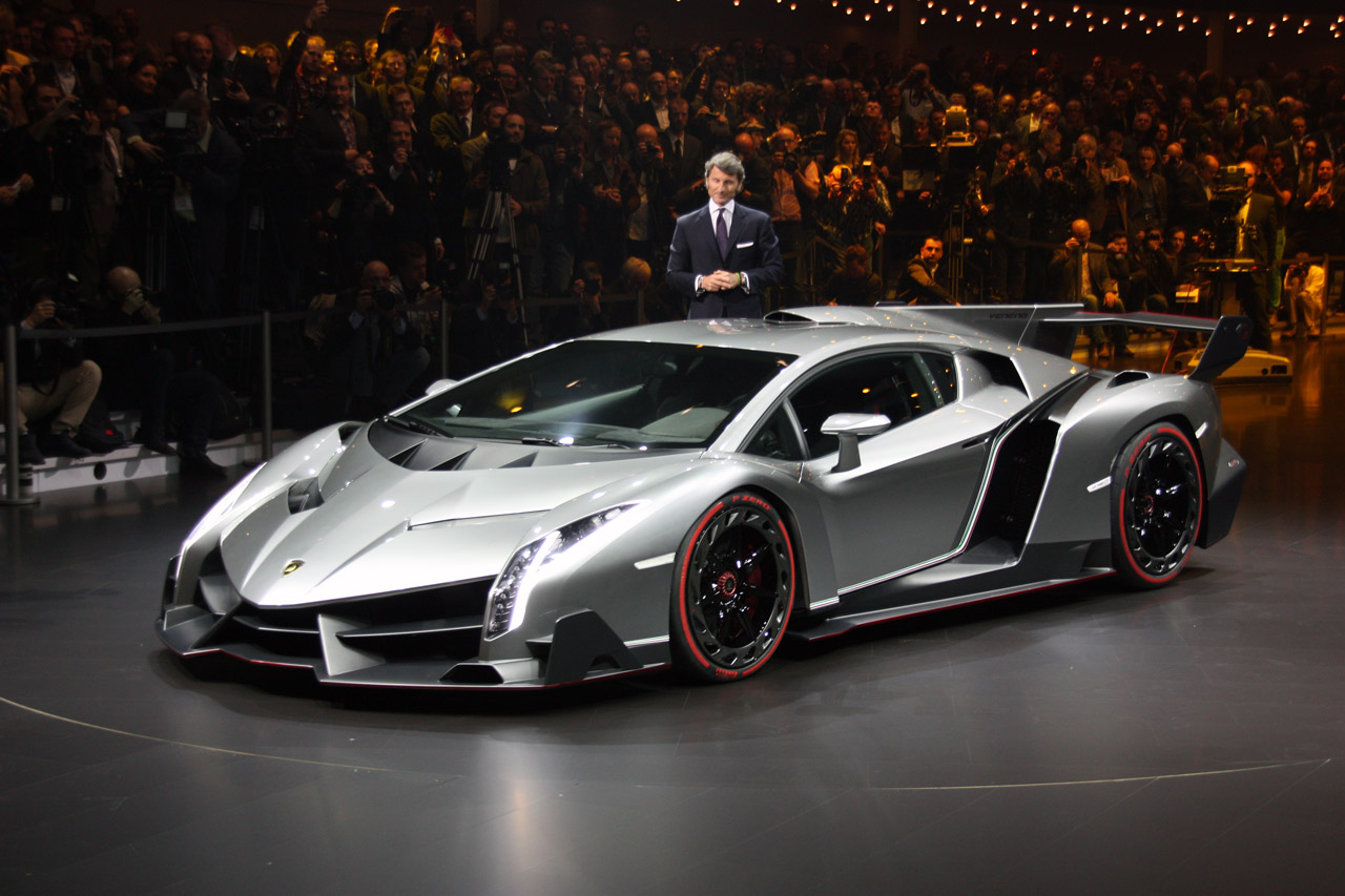 Lamborghini Veneno Finally Officially Unveiled Autoblog