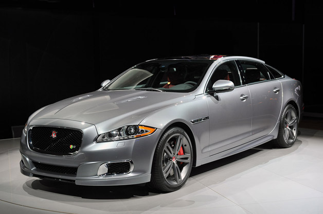 2014 Jaguar XJR - live at 2013 New York Auto Show - front three-quarter view