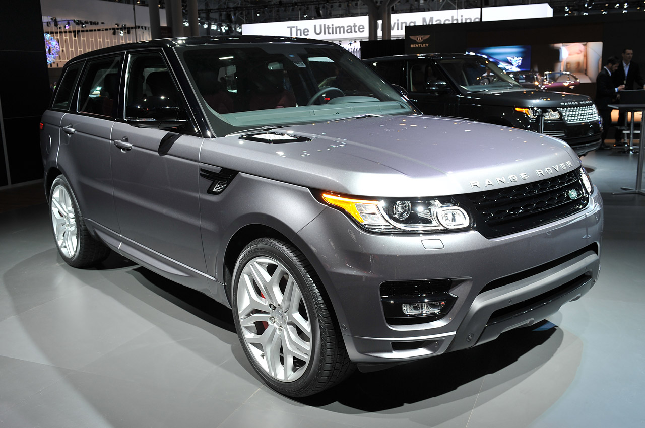 2014 Land Rover Range Rover Sport: New York 2013 Photo Gallery