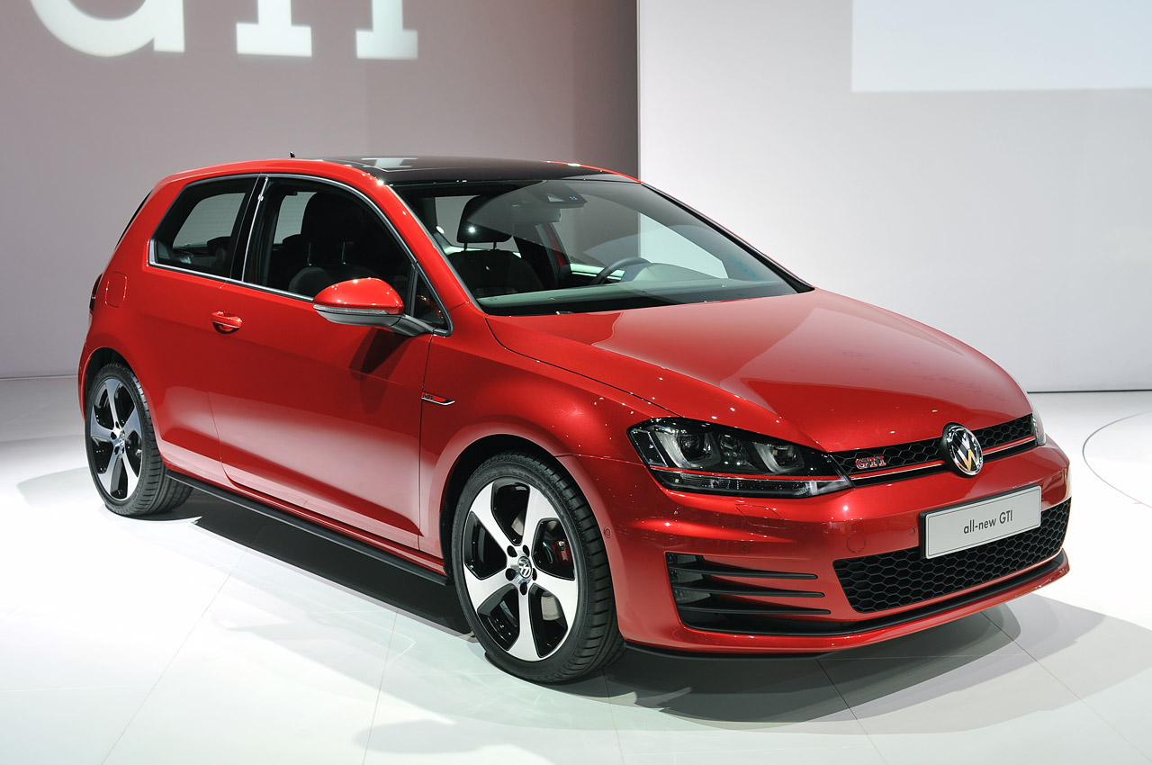 2015 volkswagen gti new york 2013 photo gallery autoblog. Black Bedroom Furniture Sets. Home Design Ideas