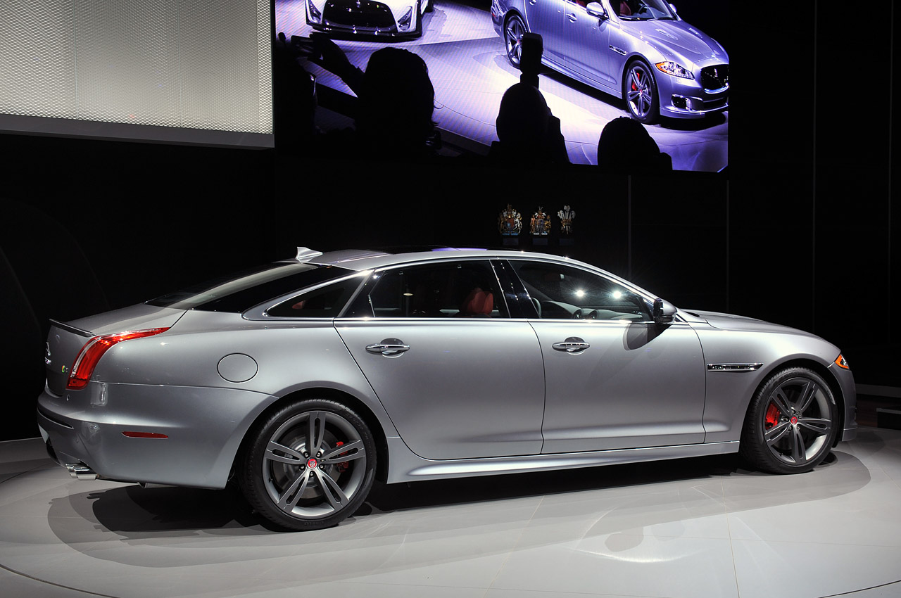 2014 Jaguar Xjr Is Large In Charge Autoblog