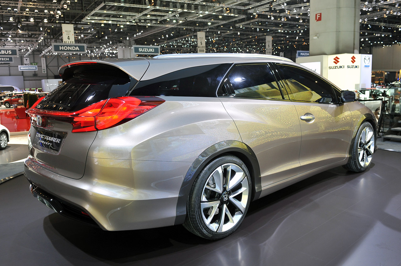 Honda Civic Tourer Concept shows the shape of European things to come [w/video] - Autoblog