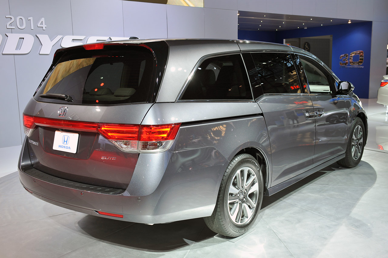 2014 honda odyssey new york 2013 photo gallery autoblog. Black Bedroom Furniture Sets. Home Design Ideas