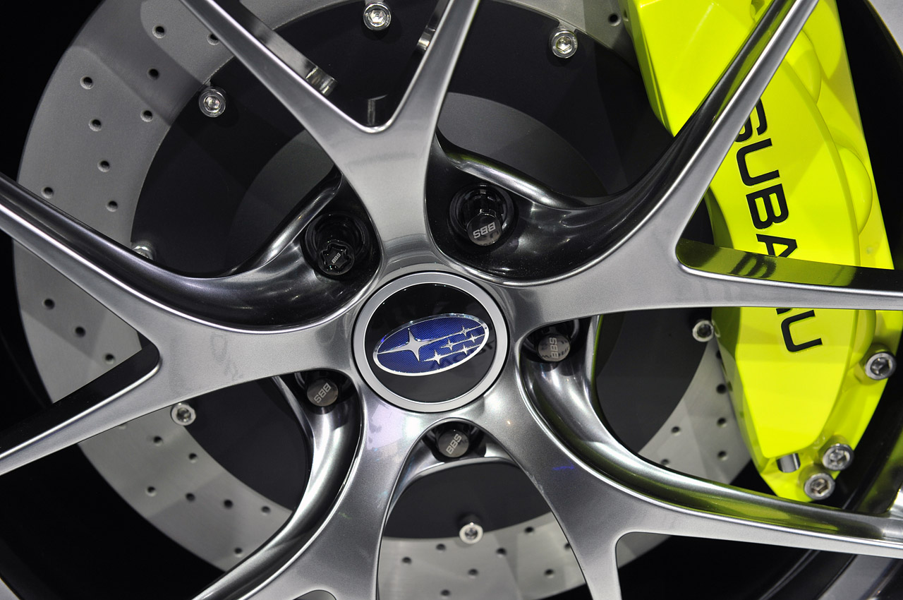 Subaru WRX Concept: New York 2013 Photos