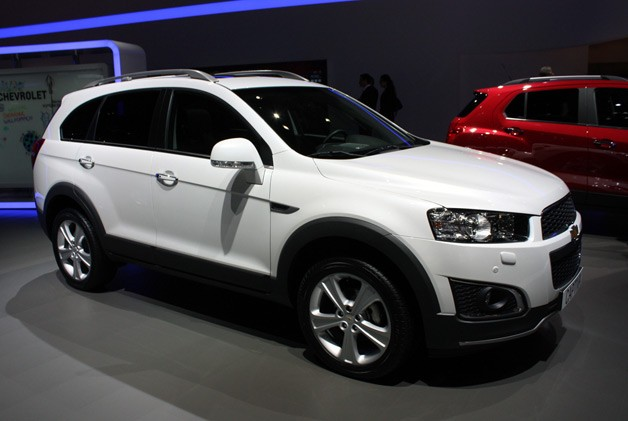 2013 Chevrolet Captiva live at 2013 Geneva Motor Show - front three-quarter view