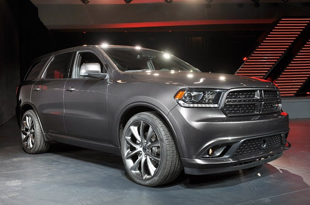 2014 Dodge Durango live at 2013 New York Auto Show - front three-quarter view