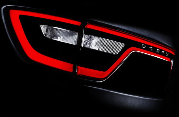 2014 Dodge Durango teaser reveals new 'racetrack' taillights