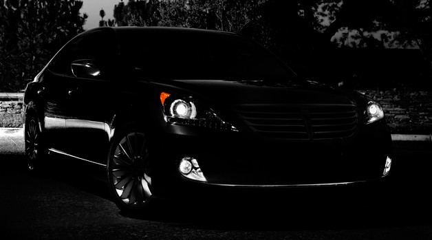 Hyundai teases updated Equus prior to Big Apple debut