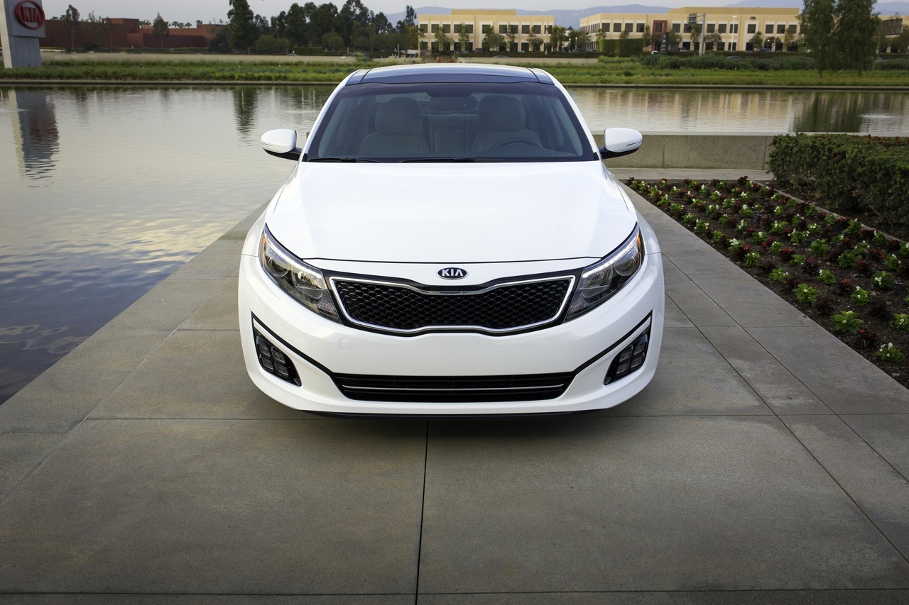 2014 kia optima photos