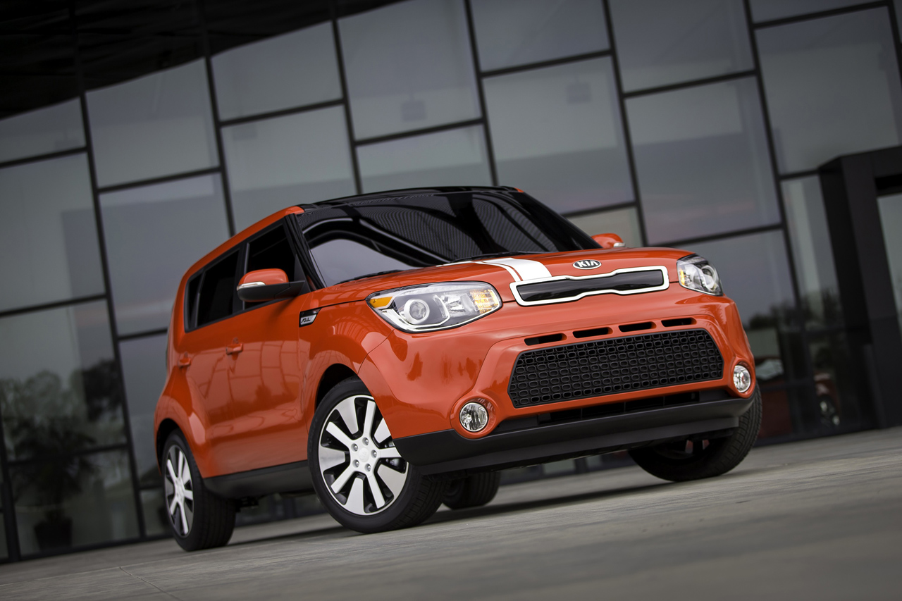 2014 kia soul Kia soul 2014 dimensions with photos of the interior, boot space and measurements of length, width and height comparison with similar cars in size.