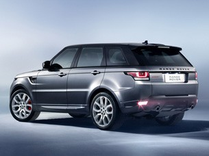 2014 Range Rover Sport drops 800 pounds adds V6 and thirdrow