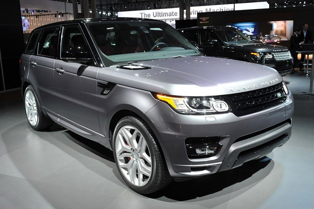 2014 Land Rover Range Rover Sport - front three-quarter view