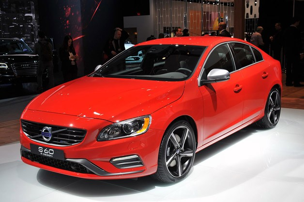 volvo rolls out new r design versions of s60 xc60 and new v60. Black Bedroom Furniture Sets. Home Design Ideas