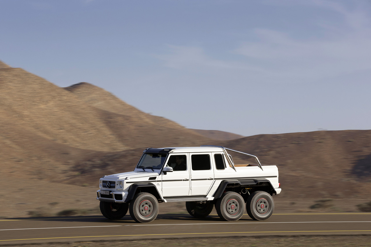 Mercedes benz amg g63 6x6 photo gallery autoblog for Mercedes benz g 63