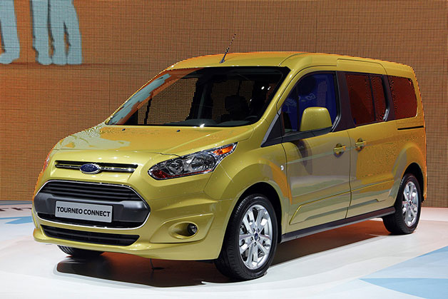 Ford Tourneo ready for duty in Connect, Courier and Custom flavors [w