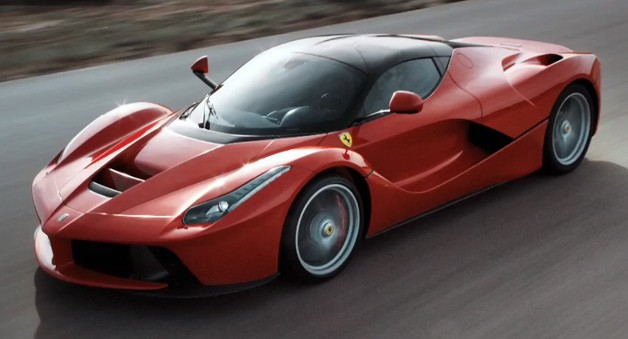 laferrari-driving.jpg