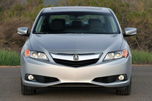 2013 Acura ILX front view