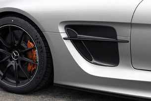 2014 Mercedes-Benz SLS AMG Black Series side vent
