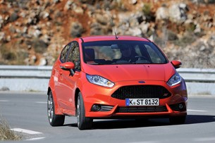 2014 Ford Fiesta ST driving