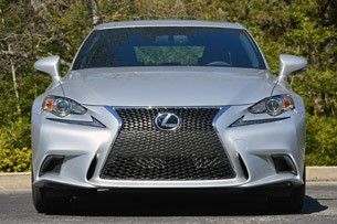 2014 Lexus IS350 F-Sport front view