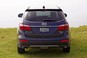2013 Hyundai Sante Fe rear view