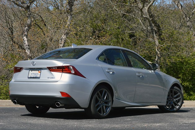 2014 Lexus IS350 F-Sport rear 3/4 view