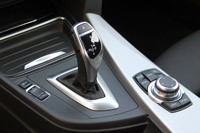 2014 BMW 3 Series Gran Turismo shifter