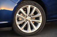 2013 Buick Verano Turbo wheel