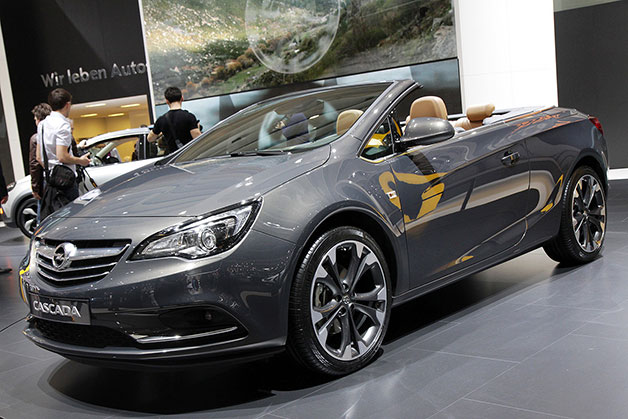 2013 Opel Cascada ready to run topless [w/video]