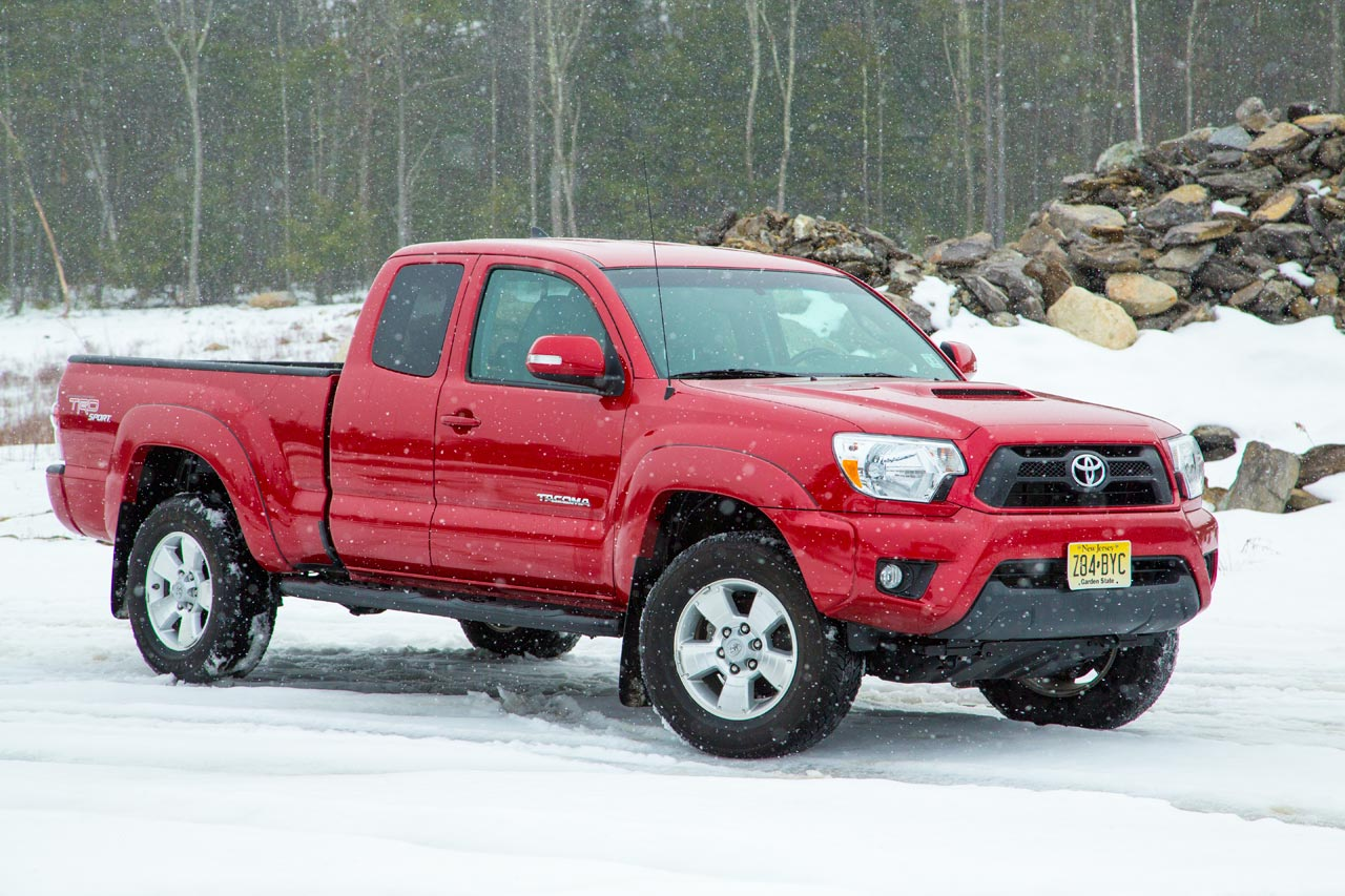 2013 toyota tacoma quick spin photo gallery autoblog. Black Bedroom Furniture Sets. Home Design Ideas