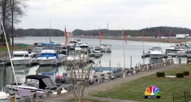 Lake Norman - boats docked - video screencap