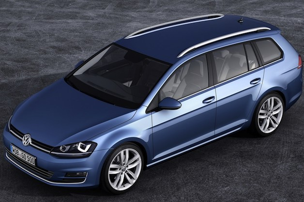 Volkswagen Golf Wagon - 2014 - overhead front three-quarter view, blue