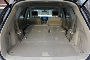 2013 Nissan Pathfinder total cargo area
