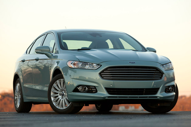 2014 Ford Fusion order guide reveals new base Hybrid model, equipment
