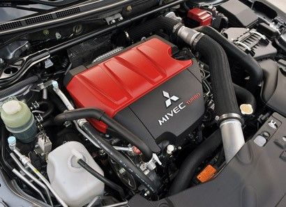 2013 Mitsubishi Lancer Evolution X GSR engine