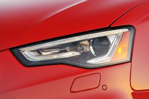 2013 Audi RS5 headlight