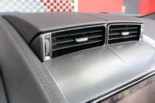 2014 Jaguar F-Type dash vents