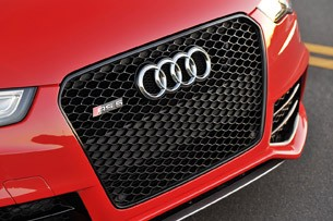 2013 Audi RS5 grille