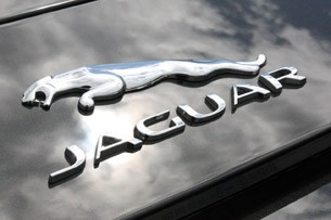 2014 Jaguar F-Type badge