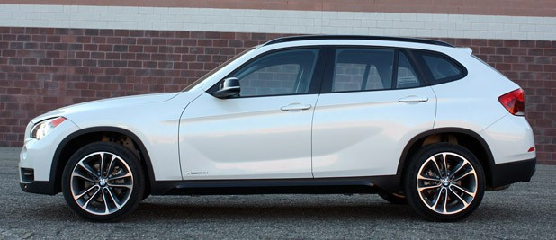 2013 BMW X1 side view