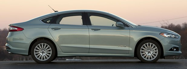 2013 Ford Fusion Hybrid side view