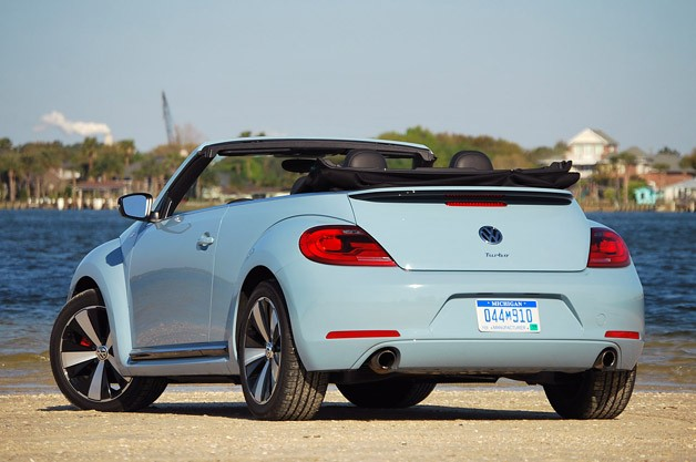 2013 Volkswagen Beetle Turbo Convertible rear 3/4 view
