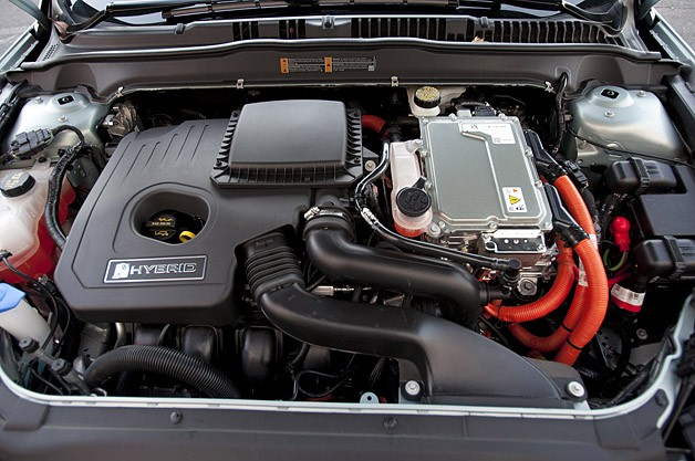 2013 Ford Fusion Hybrid engine