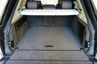 2013 Land Rover Range Rover rear cargo area