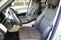 2013 Land Rover Range Rover front seats